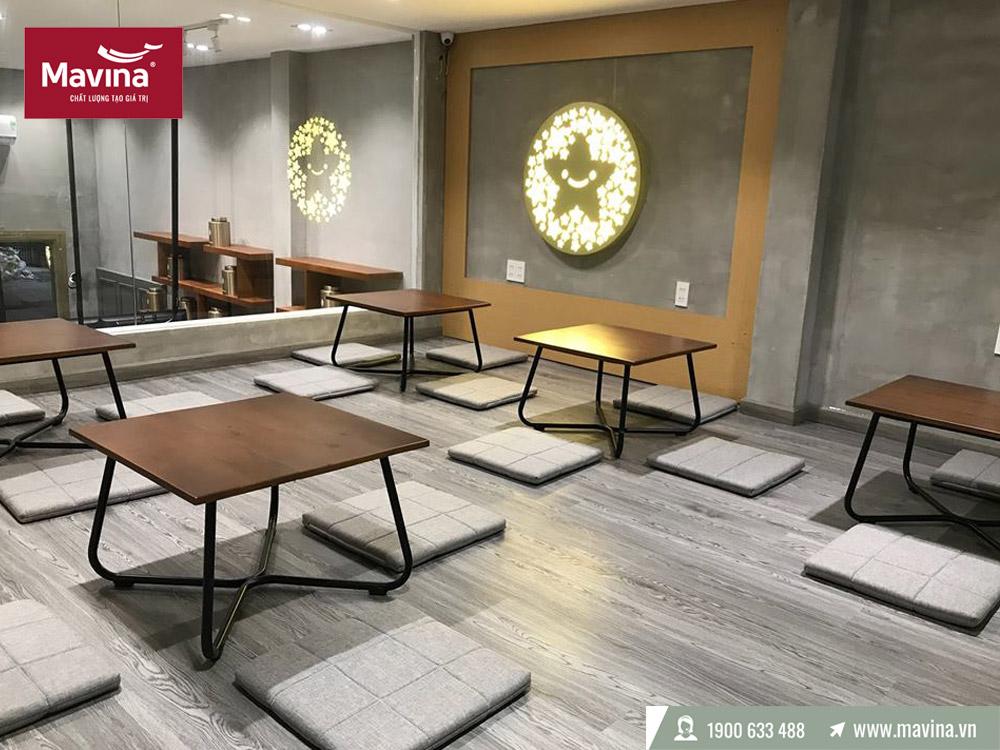 Sàn gỗ màu sáng cho quán cafe hay nhà hàng